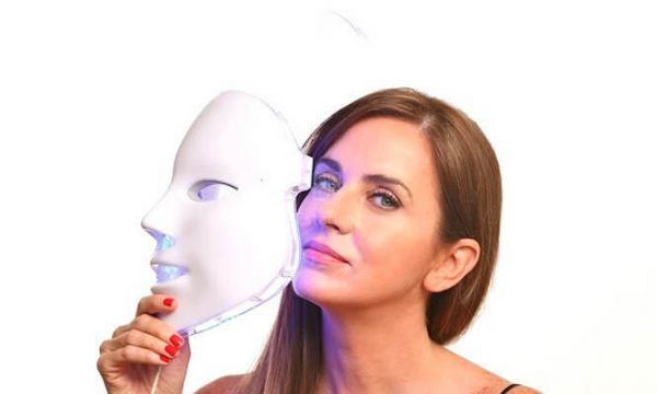 ماسک ال ای دی نقابی نور درمانی و جوانسازی صورت
